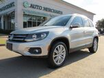 2015 Volkswagen Tiguan SE. PANORAMIC MOONROOF, BACKUP CAM, BLUETOOTH, LEATHER HEATED SEATS, PUSH BUTTON START,