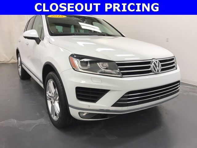 2015 Volkswagen Touareg V6 Executive 4Motion Holland MI