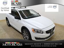 2015_Volvo_V60 Cross Country_T5_ Bedford OH