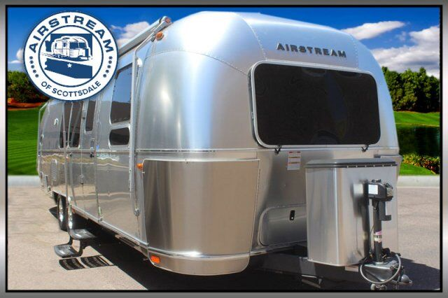 2016 Airstream Flying Cloud 30 Bunk