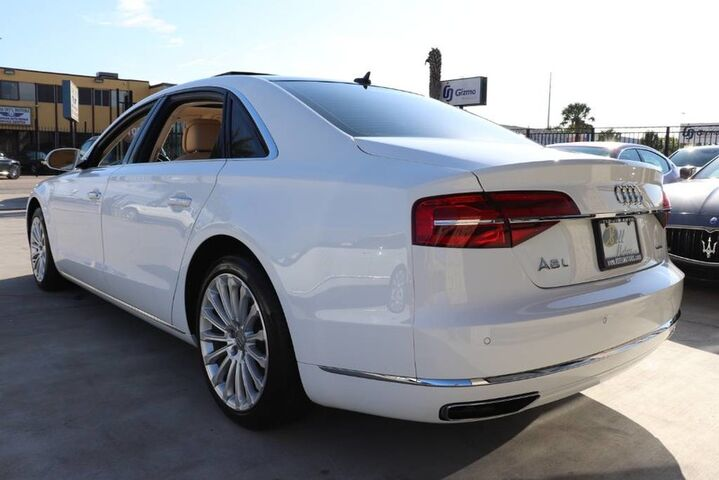 2016 Audi A8 L 3.0T 1 OWNER CLEAN CARFAX SHOWROOM CONDITION!!! Houston TX