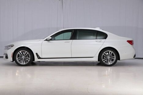 2016_BMW_7 Series_750i xDrive AWD_ West Chester PA