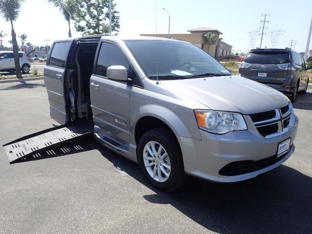 2016 BraunAbility Dodge Grand Caravan SXT Power Foldout Ramp Anaheim CA