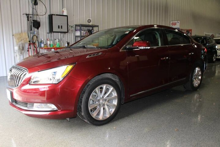 2016 Buick LaCrosse Leather Fort Wayne Auburn and Kendallville IN