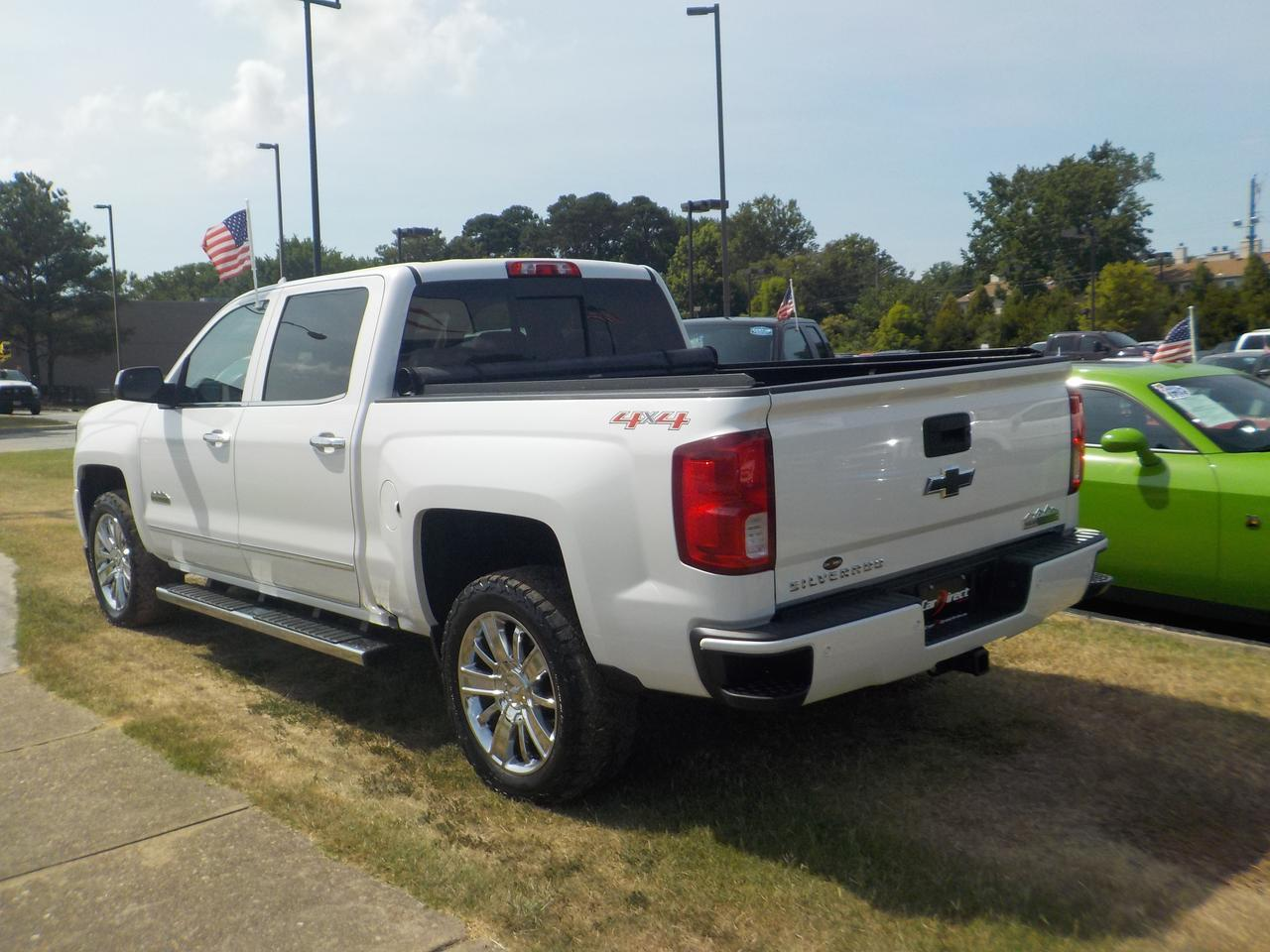2016 CHEVROLET SILVERADO HIGH COUNTRY CREW CAB 4X4, HEATED & COOLED SEATING, BLUETOOTH WIRELESS, NAVIGATION, PARKING SENSORS! Virginia Beach VA