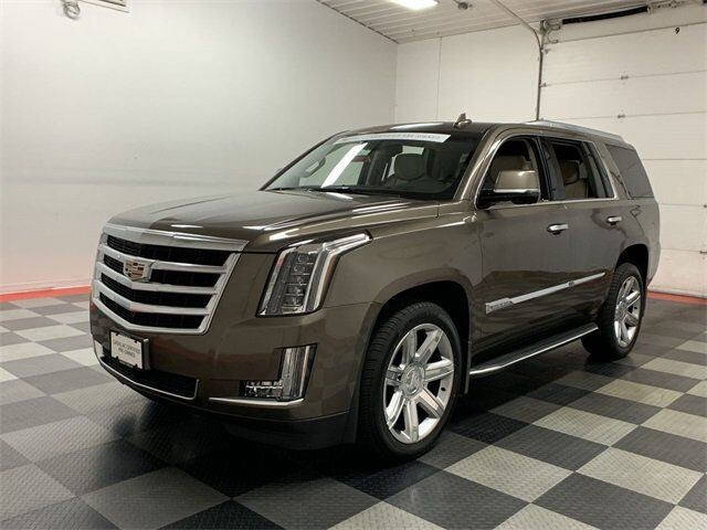 2016 Cadillac Escalade Luxury Collection Fond du Lac WI