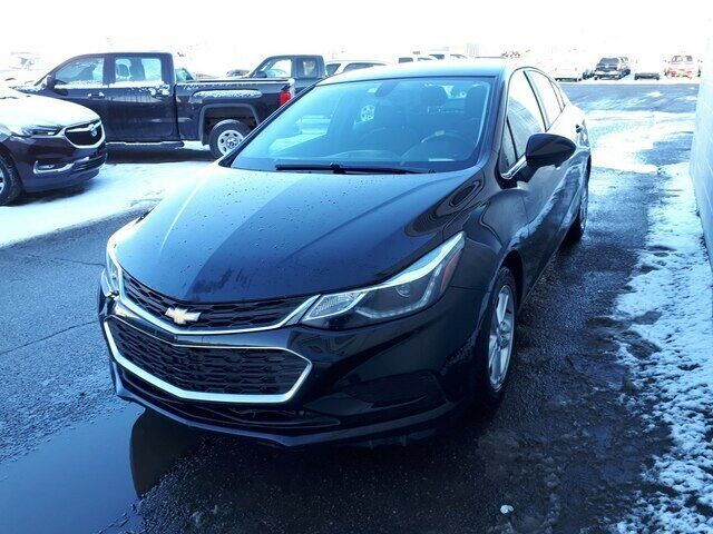 2016 Chevrolet Cruze LT Auto | CLOTH | HEATED SEATS Calgary AB