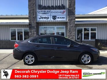 2016_Chevrolet_Cruze_LT_ Decorah IA