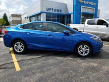 2016_Chevrolet_Cruze_LT_ Milwaukee and Slinger WI