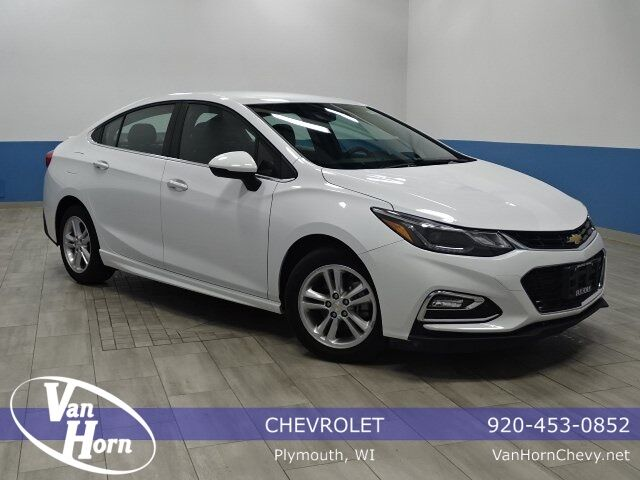 2016 Chevrolet Cruze LT Plymouth WI