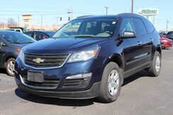 2016_Chevrolet_Traverse_LS_ Fort Wayne Auburn and Kendallville IN