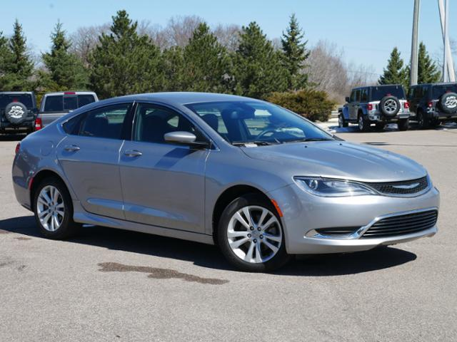2016 Chrysler 200 4dr Sdn Limited FWD Lake Elmo MN
