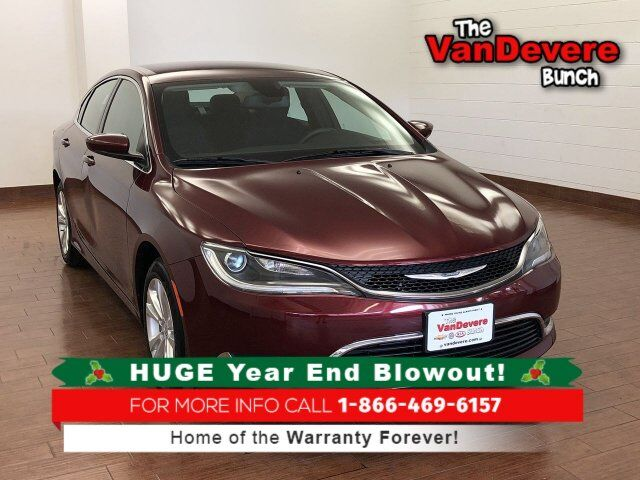 2016 Chrysler 200 Limited Akron OH
