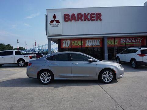 2016_Chrysler_200_Limited FWD_ Houma LA