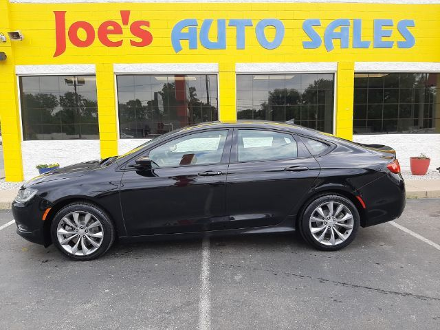 2016 Chrysler 200 S AWD Indianapolis IN