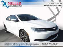 2016_Chrysler_200_S_ Martinsburg