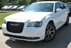 2016_Chrysler_300_** ALL WHEEL DRIVE ** - w/ NAVIGATION & LEATHER SEATS_ Lilburn GA