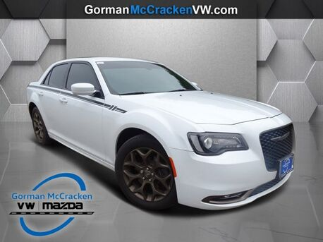2016_Chrysler_300_300S Alloy Edition_ Longview TX