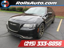 2016_Chrysler_300_300S Alloy Edition_ Philadelphia PA