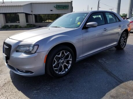 2016 Chrysler 300 300S Fort Wayne Auburn and Kendallville IN