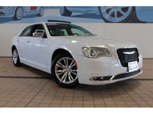 2016_Chrysler_300_C_ Kansas City MO