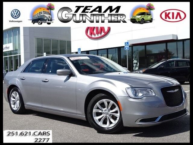 2016 Chrysler 300 Limited Daphne AL