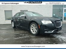 2016_Chrysler_300C_Base_ Watertown NY