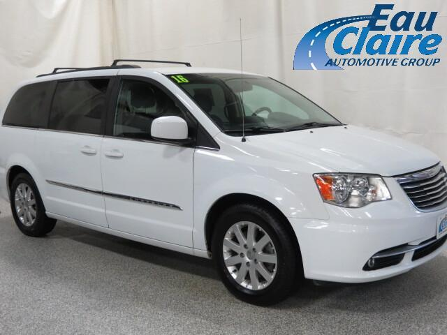 2016 Chrysler Town & Country 4dr Wgn Touring Altoona WI