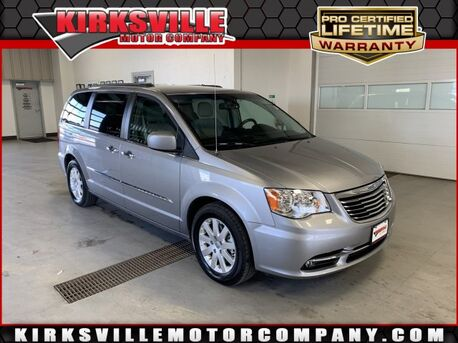 2016_Chrysler_Town & Country_4dr Wgn Touring_ Kirksville MO