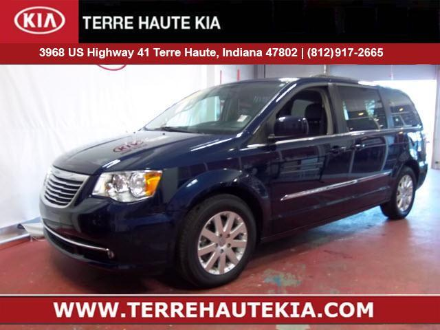 2016 Chrysler Town & Country 4dr Wgn Touring Terre Haute IN