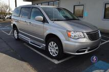 2016 Chrysler Town & Country LX Wheelchair Van Conyers GA