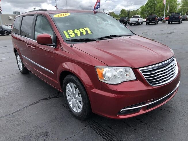 2016 Chrysler Town & Country TOURING Evansville IN