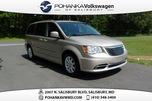 2016_Chrysler_Town & Country_Touring ** LEATHER & REAR DVD ** GUARANTEED FINANCING **_ Salisbury MD