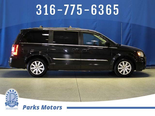 2016 Chrysler Town & Country Touring Wichita KS