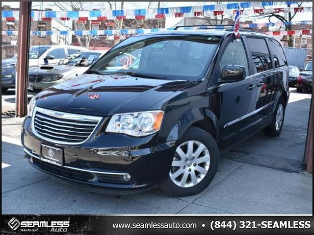 2016 Chrysler Town & Country Touring Queens NY