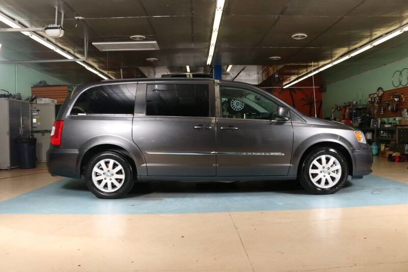 2016 Chrysler Town & Country Touring Clarksville TN