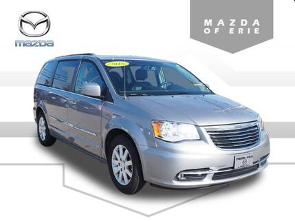2016_Chrysler_Town & Country_Touring_ Erie PA