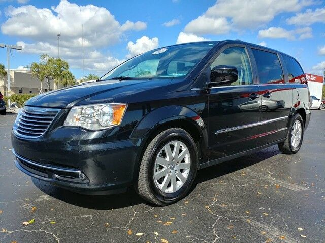 2016_Chrysler_Town & Country_Touring_ Fort Myers FL