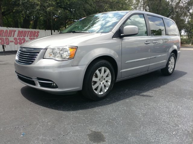 2016 Chrysler Town & Country Touring Fort Myers FL