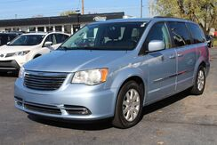 2016_Chrysler_Town & Country_Touring_ Fort Wayne Auburn and Kendallville IN