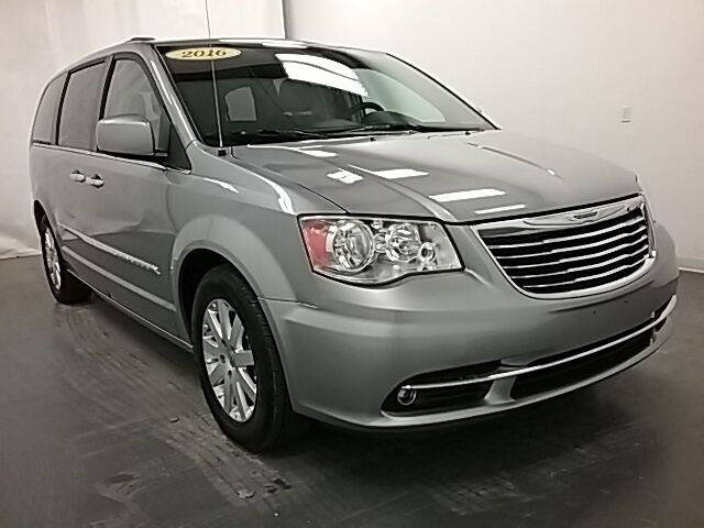 2016 Chrysler Town & Country Touring Holland MI