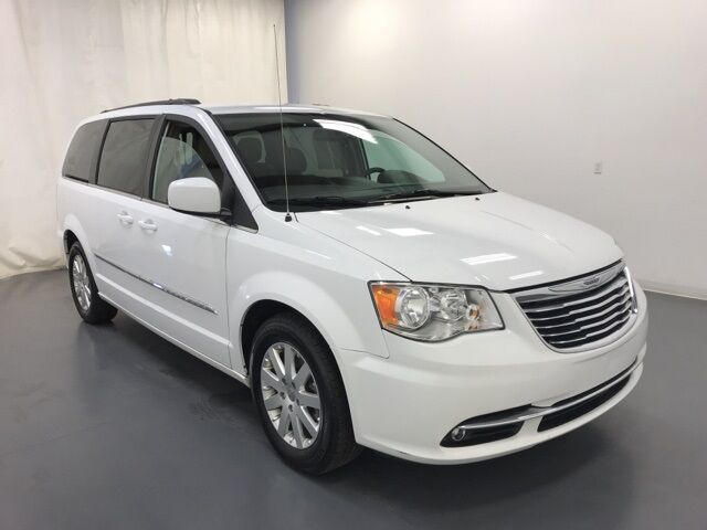2016 Chrysler Town and Country Touring Holland MI
