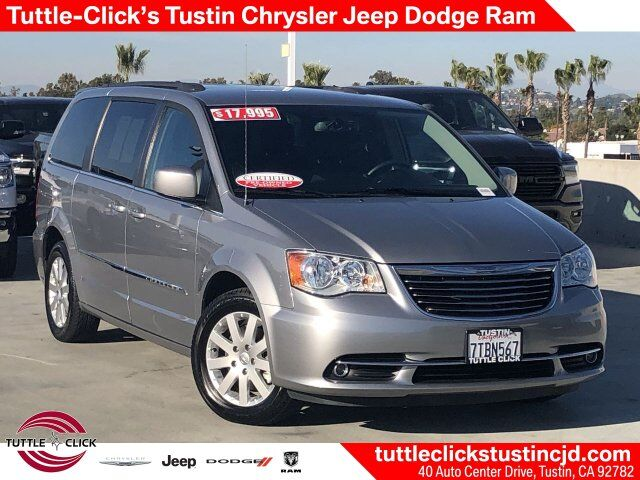 2016 Chrysler Town & Country Touring Irvine CA