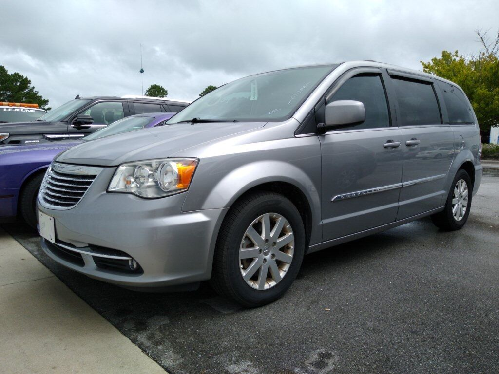 2016 Chrysler Town & Country Touring Jacksonville NC
