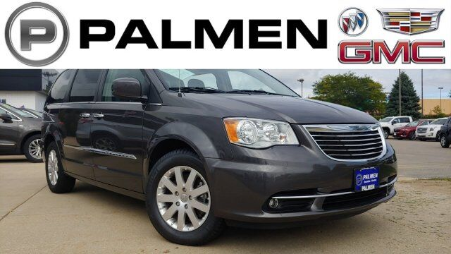 2016 Chrysler Town & Country Touring Kenosha WI