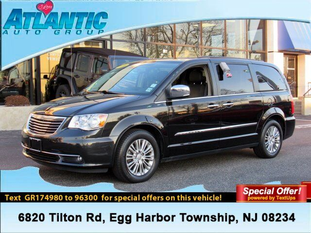 2016 Chrysler Town & Country Touring-L Anniversary Edition Egg Harbor Township NJ