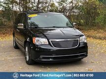 2016 Chrysler Town & Country Touring-L Anniversary Edition South Burlington VT