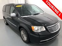 Chrysler Town and Country Touring-L 2016