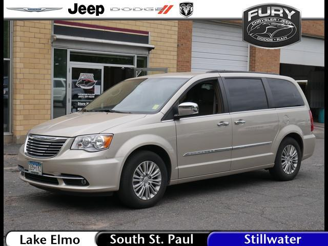 2016 Chrysler Town & Country Touring-L St. Paul MN