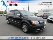 2016_Chrysler_Town & Country_Touring-L_ Martinsburg